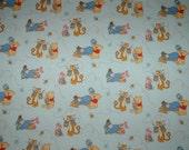 Pack 'N Play \/ Play yard \/ Travel yard \/ Portable crib sheet - Winnie the Pooh