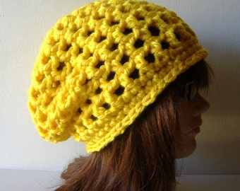 Slouch Beanie Hat in Sunny Yellow