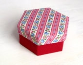 Box fabric striped maroon floral hexagon M