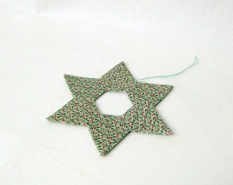 Star handmade ornament minimalistic green Christmas