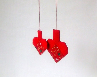 2 Christmas hearts ornaments patchwork b