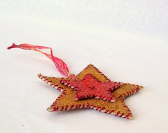 Small felted Christmas country star ornament painted embroidered