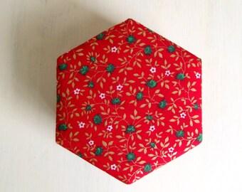 Gift box handmade hexagonal red golden Christmas L