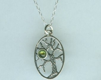 Sterling Silver TREE OF LIFE Pendant and Chain - Peridot