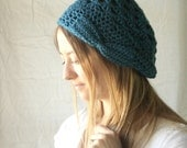 bow hat in peacock