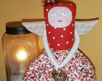 Angel doll E pattern - Holding my Heart; valentine primitive rusticc love easy instructions - Free Shipping; Hafair OFG TeamHAHA Norga Nooga