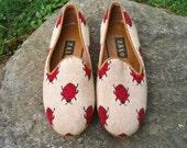 Ladybug Needlepoint Loafers size 9