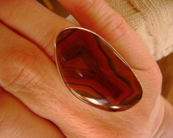 Condor Agate Cocktail Ring - Size 8.75
