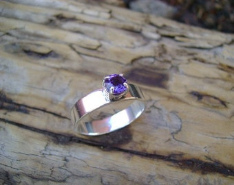 Faceted Amethyst Ring set in Sterling Silver - Size 8
