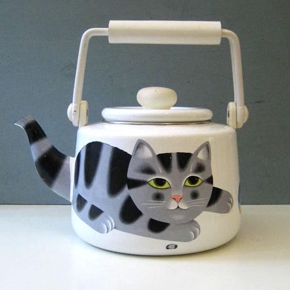 Martin Leman Gray Tabby cat kettle, 1980s.