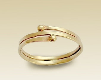 14K Gold Filled Ring, Thin Gold Band, Simple Wrapped Band, Yellow Gold Band, Hammered Gold Ring, Stacking Band  R90019 What's your story.