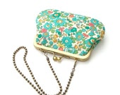 Retro green floral chain pouch - Liberty print