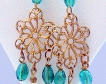 Emerald Green and Filigree Earrings