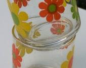 Vintage pair of orange and yellow flowered juice glasses - 70s
