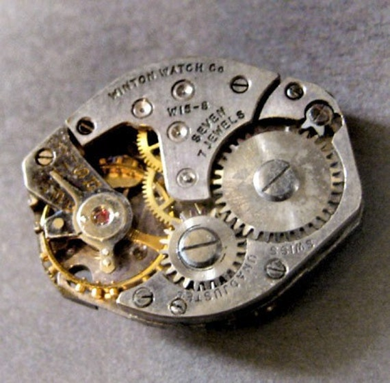 Winton Watch Co. Watch Movement Vintage 1940s or 1950s