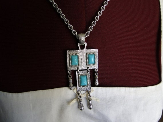 Vintage Turqoise and Silver Necklace