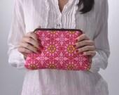 SALE- Pretty in Pink Clutch
