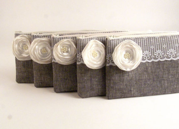 5 Bridesmaids Gifts- Custom Purses- Wedding Clutches- Bridesmaids Clutches- 5 GREY Clutches with Lily WHITE Flower
