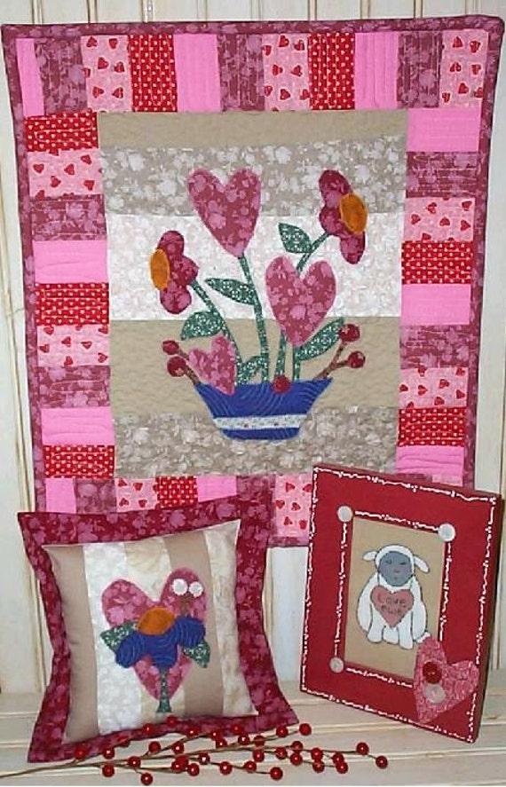 Flowers Of LOVE VALENTINE E PATTERN - email primitive stitchery pdf heart Applique quilt wallhanging decor posies flowers embroidery