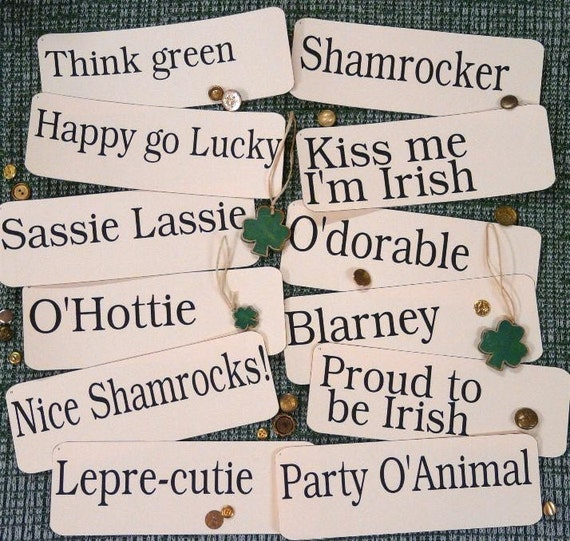 12 large St. Patrick's Day Flash Cards PDF - vintage like altered art party blarney phrases shamrock saint green irish scrapbooking uprint
