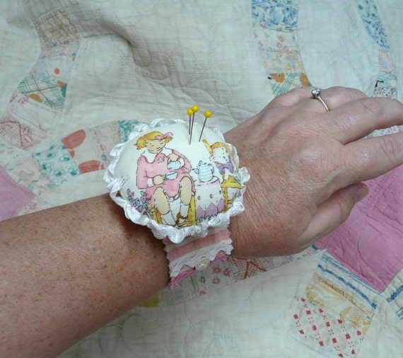 New Wrist Cuff Pincushion E Pattern - primitive Pdf  bracelet pin keep cushion specialty fabric rubber stamps buttons scrunched seam binding