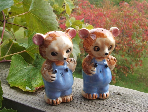 Vintage Salt and Pepper Shakers Bears in Overalls