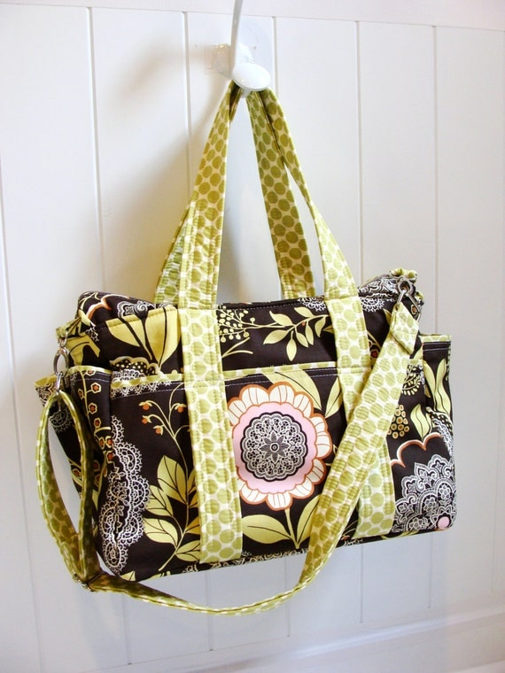 Diaper Bag with Adjustable and Removable Messenger Strap -- A really big bag