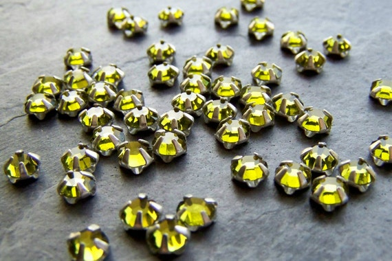 Sale-See Store Announcement-Vintage Beads-Vintage Swarovski Olivine Crystal Rose Montees-4.5mm-50