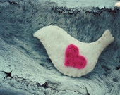 Brooch Pin Pink Felt Romantic Valentine Lovebird