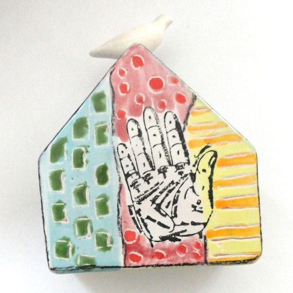 Ceramic House Dove House Fortune Hand