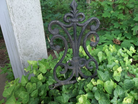 RESERVE Vintage Architectural Salvage Cast Iron Cottage Chic Shabby Edging Garden Decor  French Country Restoration Hardware 2 pieces