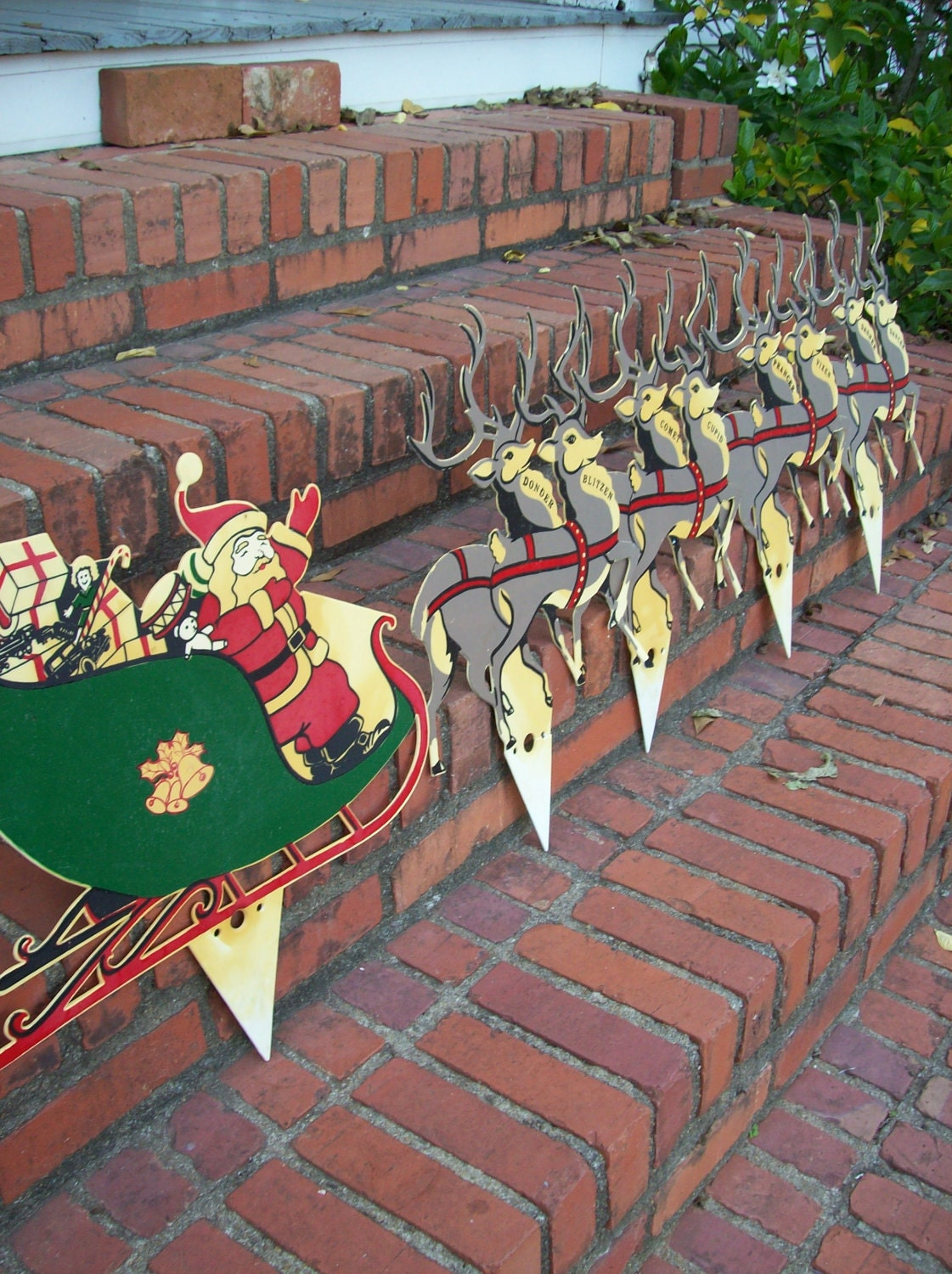 Vintage christmas decorations farmhouse yard decor lawn santa for Christmas yard ornaments