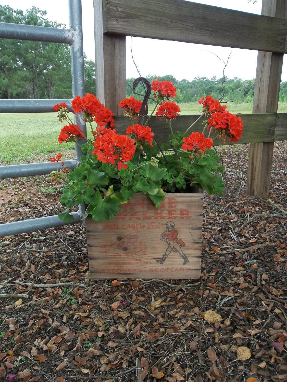 Exceptional Garden Decor Planter Storage Primitive Cabin Barware Bar Decor