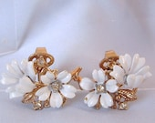 VTG Crown Trifari Enamel Rhinestone Flower Earrings
