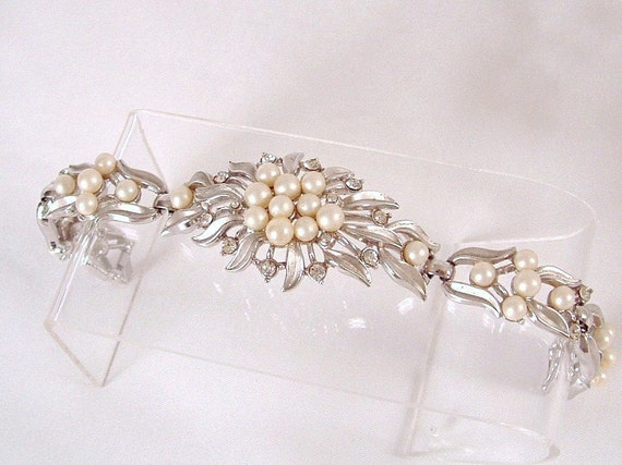 Vintage Trifari  Pearl & Rhinestone Cluster Bracelet - Bridal - Wedding - Formal
