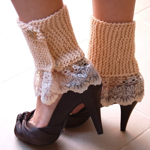 Items similar to Elegant Leg Warmers PDF Knitting Pattern --- EASY on Etsy