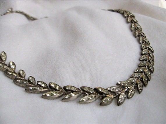 1920s Bright Leaves Rhinestone Necklace.