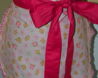 Girlie Girl Apron - Pink Daisiy