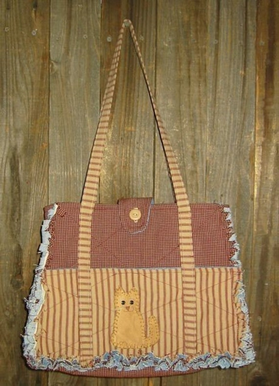 Rag Quilted Handbag Pattern : Large Rag Quilted Purse with Applique E Pattern PDF
