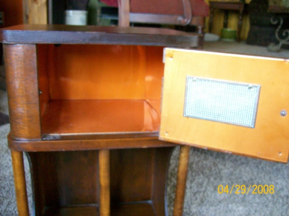 VINTAGE COPPER LINED HUMIDOR SIDE TABLE WITH MAGAZINE RACK Free Shipping
