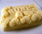 The Honey Bar-Fresh Honey and Shea Scent