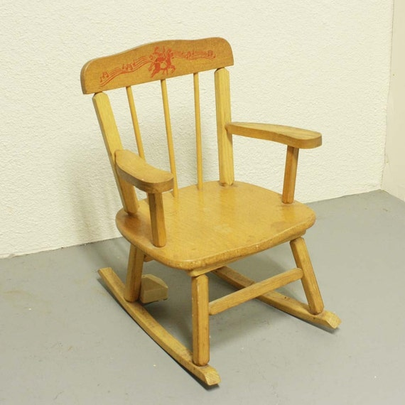 Charming Vintage Rocking Chair Kids Childs Cass Toys Music Box