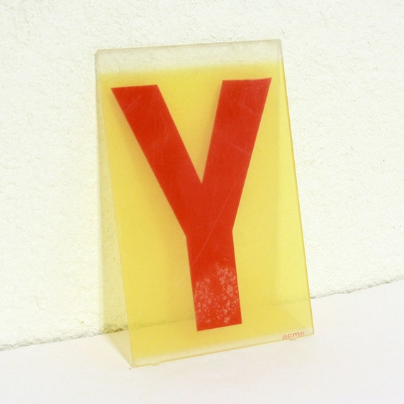 "Vintage letter Y - plastic sign capital letter - 7"" x 4.5"""