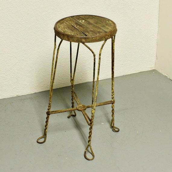 Vintage Metal Stool Ice Cream Stool Soda Shop Stool Seat