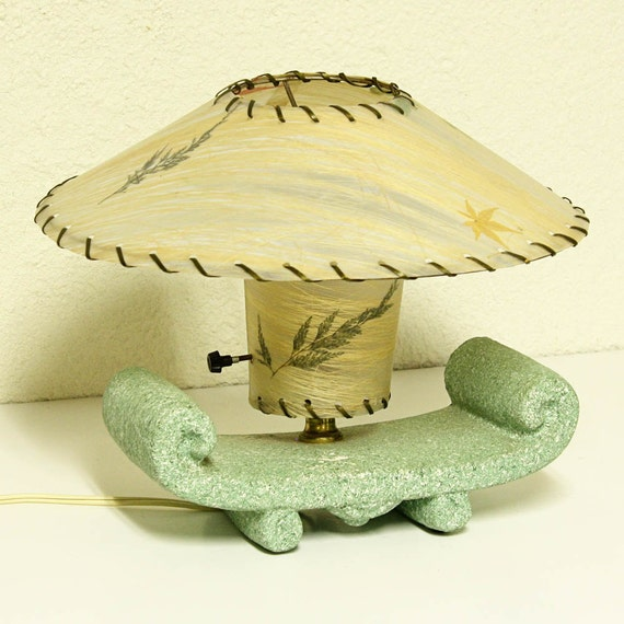 Vintage lamp - bedside lamp - dresser lamp - nightstand lamp - table lamp - tv lamp - RESERVED for retrocall