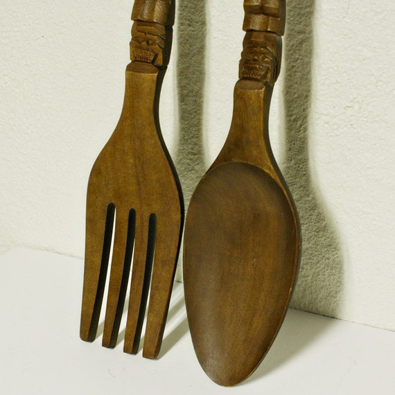 vintage wall decor fork and spoon wood giant oversize. Black Bedroom Furniture Sets. Home Design Ideas