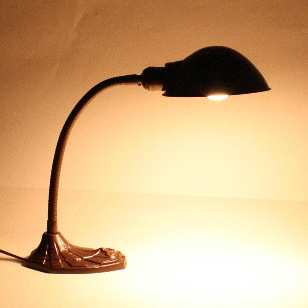 Vintage Desk Lamp Gooseneck Faries Mfg Co Task Light
