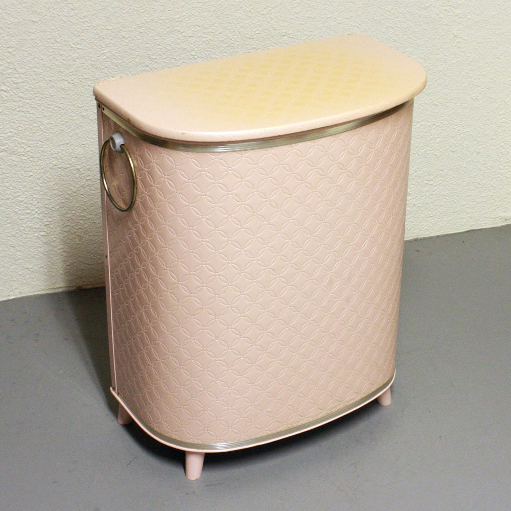 White Bedroom Bin With Lid