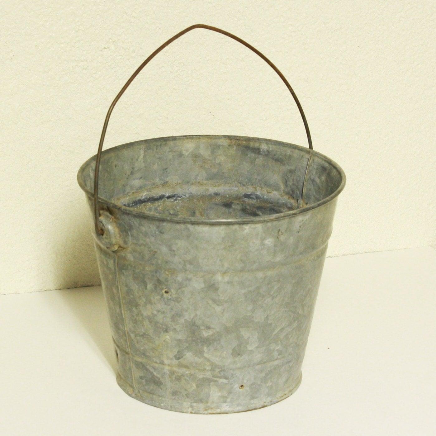 Vintage metal bucket pail milk bucket galvanized for Old metal buckets