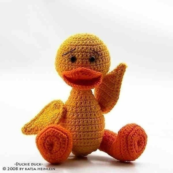 Duckie Duck, crochet pattern, PDF tutorial by Katja Heinlein Ente Häkelanleitung, bird, ebook, file